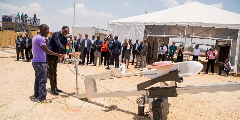 Drone da Zipline, usado em Ruanda para entrega de sangue e derivados