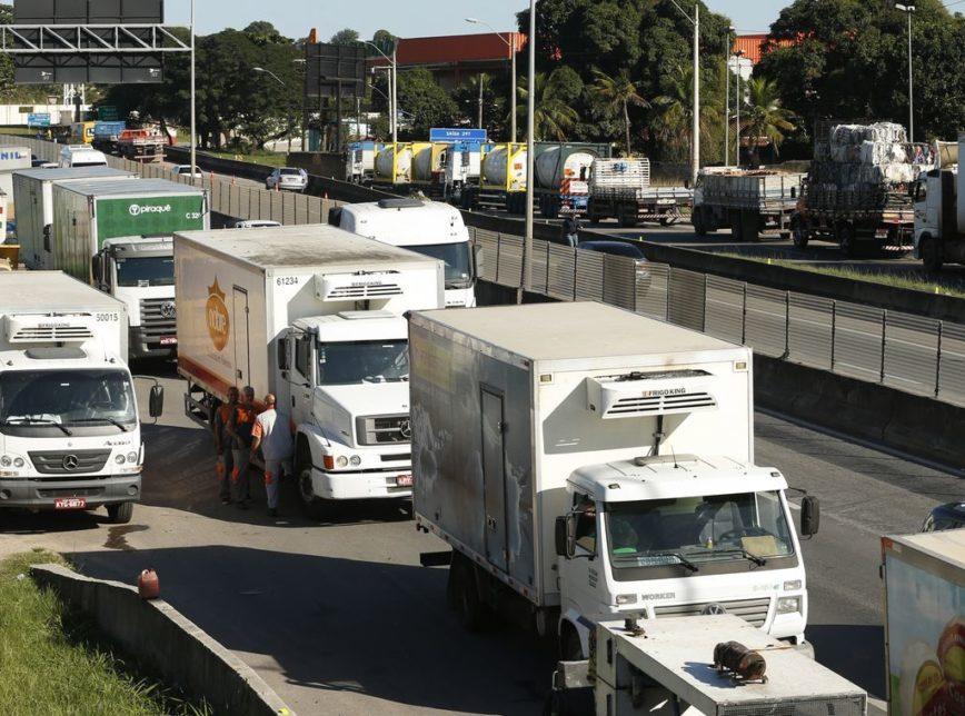 A tabela do frete foi definida em 2018, como uma das medidas para conter a greve dos caminhoneiros. A anistia de multas a empresas que não cumpriram com o acordo é uma das propostas do texto original da MP da Liberdade Econômica