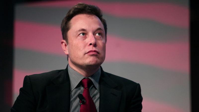 Inteligência artificial financiada por Elon Musk escreve tão bem que seus criadores estão com medo